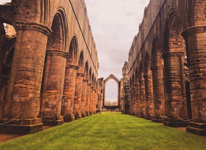 Historia Yorkshire; FountainsAbbey